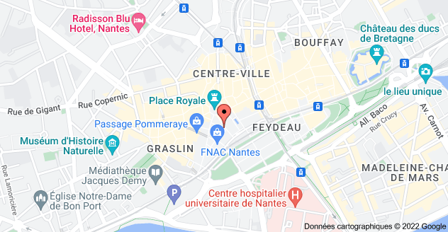 8 Place du Commerce, 44000 Nantes : carte